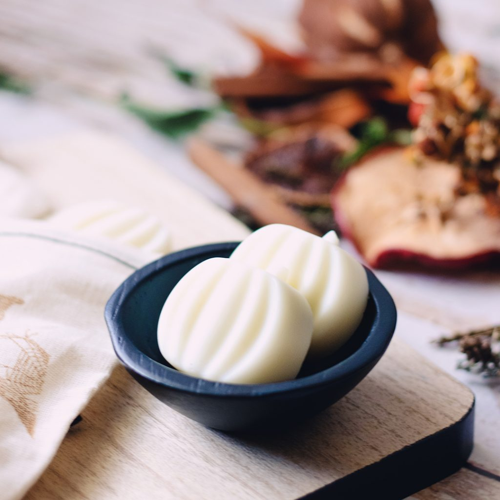 Capture the Aromas of the Season with Fall DIY Wax Melts - have it all - pumpkin pie, maple sugar pecans, and cinnamon apple dumplings.